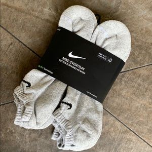 NIKE EVERYDAY COTTON CUSHIONED NO SHOW DRI-FIT SOC